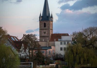 Ingrid Fischer - Kirche Blick über Regnitz - Herzogenauracher Damm